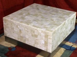 Mesa cuadrada de onix con cenefa de inox - Dimensiones: 80 x 80 x 40 cm - Iluminación bajo consumo incluida