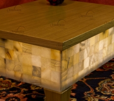 Detalle tapa y pata roble para mesa de onix