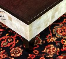 Detalle tapa y pata wengué para mesas de Onix