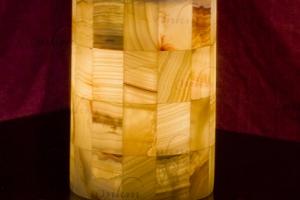 Lampara sobremesa cilindrica de onix  - Dimensiones: 15 x 20 cm - Iluminación bajo consumo incluida