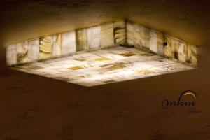Plafón recto de Onix - Dimensiones: 50 x 50 x 8 cm - Solicite información sobre la medida que desee. Iluminación bajo consumo incluida