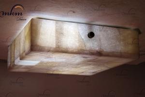 Plafón recto de Onix - Dimensiones: 25 x 25 x 6 cm - Solicite información sobre la medida que desee. Iluminación bajo consumo incluida