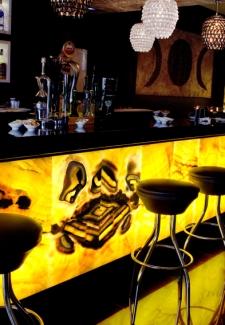 Muestra de barra de bar de onix. -  Solicite información sobre la medida que desee. Iluminación bajo consumo incluida