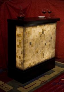 Barra de Onix - Dimensiones: 105 x 50 x 110 cm - Solicite información sobre la medida que desee. Iluminación bajo consumo incluida