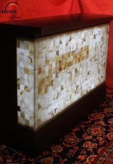 Barra de Onix - Dimensiones: 155 x 50 x 110 cm - Solicite información sobre la medida que desee. Iluminación bajo consumo incluida